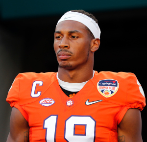 Dec 31, 2015; Miami Gardens, FL, USA; Clemson Tigers wide receiver Charone Peake (19) before the game against the Oklahoma Sooners for the 2015 CFP Semifinal at the Orange Bowl at Sun Life Stadium. Mandatory Credit: Kim Klement-USA TODAY Sports