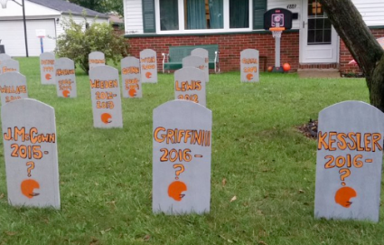 browns-quarterback-halloween-graveyard